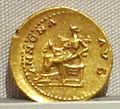Vespasiano, aureo, 69-79 ca. 08.JPG