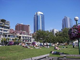 Victor Steinbrueck Park, Seattle.jpg