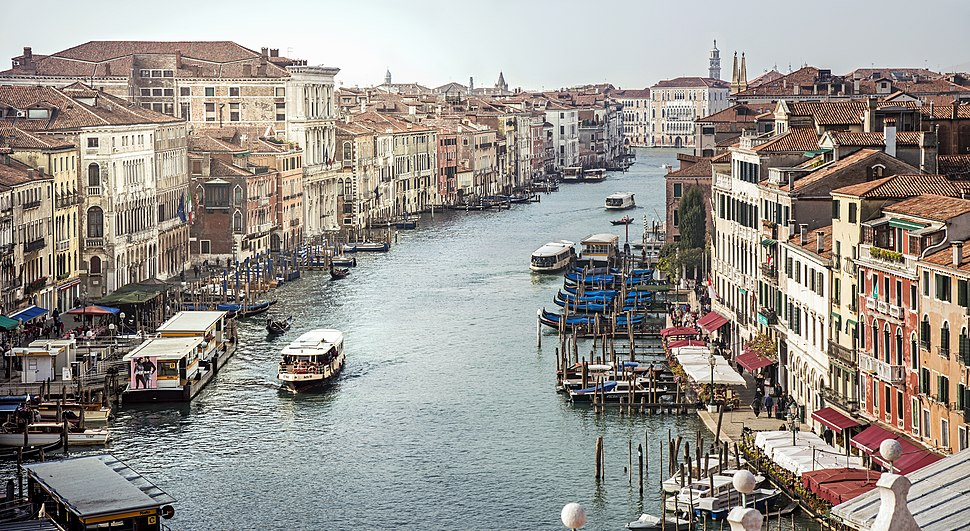 View of the Grand Canal from Rialto to Ca'Foscari