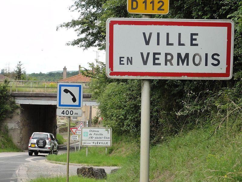 Ville-en-Vermois (M-et-M) city limit sign