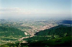 Vittorio Veneto - Image: Vittorio Veneto da Col Visentin