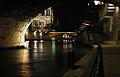 Vue de la cathédrale Notre-Dame de Paris sous le pont Saint-Michel.jpg