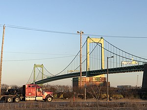 Walt Whitman Bridge Philadelphia.jpg