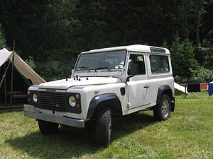 Land Rover Defender - Land Rover 90 Turbo Diesel