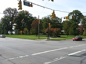 Winton and Farragut in Greenhills.jpg