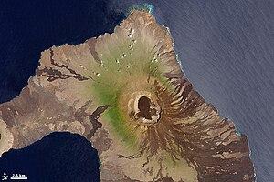 Volcán Wolf - Wolf Volcano, 2001, NASA Landsat 7 image