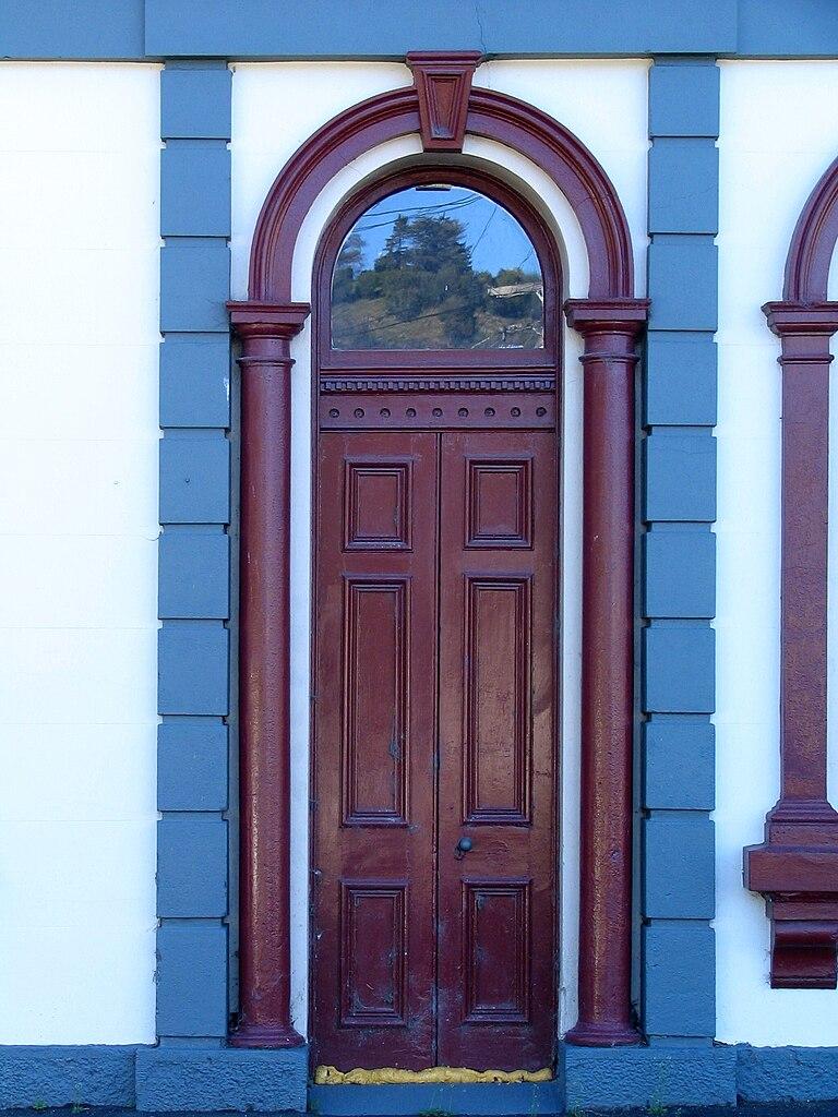File Woodhaugh Hotel Doorway  Dunedin  Nz Jpg