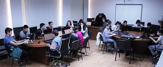 Workshop at Wikimedia Armenia office for Yerevan 135 school students. (1).jpg