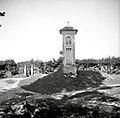 """""""Kapelca"""" (kapelica) na križišču, Rdeči Kal 1950.jpg"""