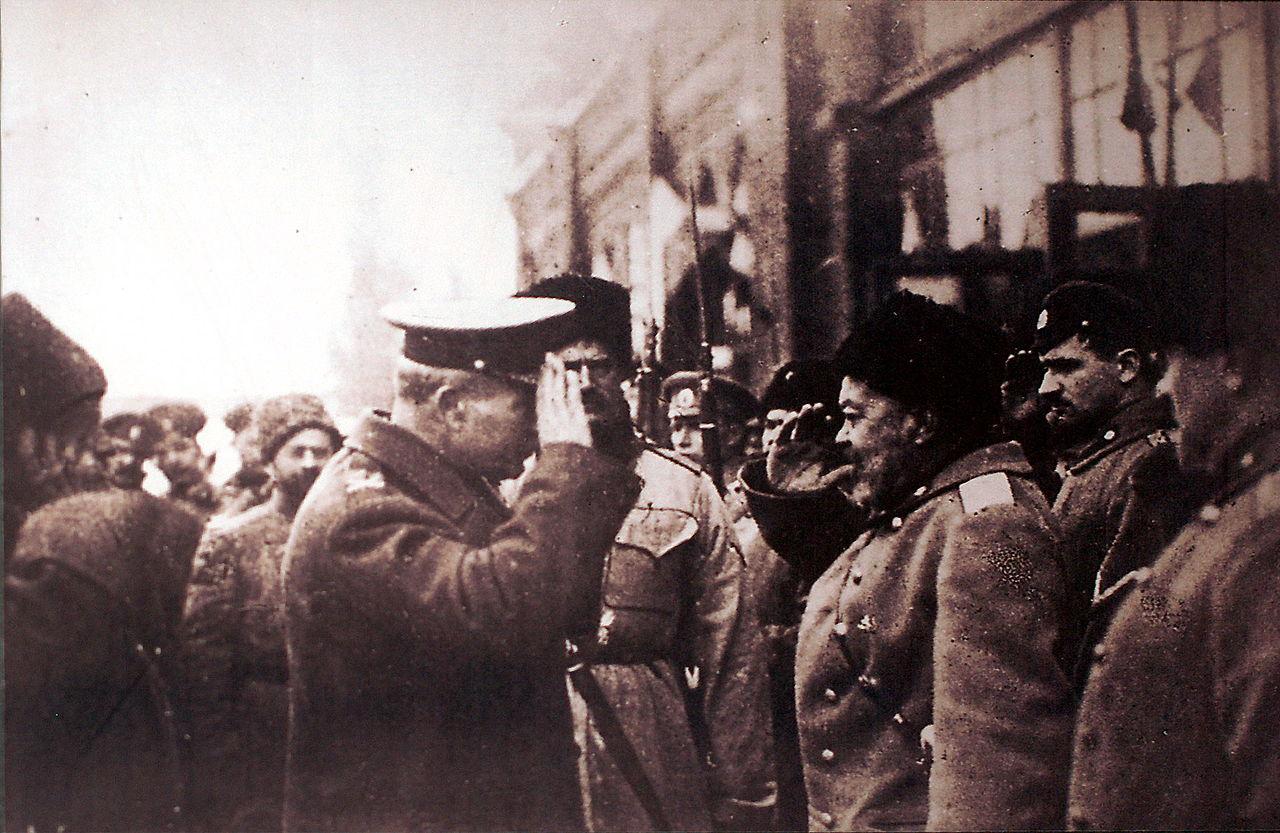 Главнокомандующий Вооружёнными силами Юга России А. И. Деникин и английский генерал Ф.Пулл (ноябрь 1918)