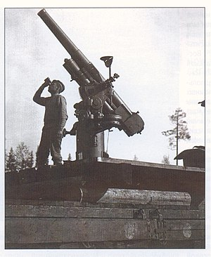 76 mm air-defense gun M1914/15 - Image: Зенитное орудие на колчаковском поезде 1919