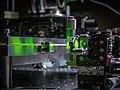 Зеркало резонатора волоконного лазера Er ZBLAN и его рабочее волокно (Resonator mirror of Er ZBLAN fiber laser and its working fiber).jpg