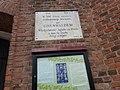Меморіальна дошка на честь 500-річчя Грюнвальдської битви, Отинія, вул. Свободи, Костьол Успення Богоматері.jpg