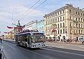 Нарядный троллейбус по Невскому мчит... - panoramio.jpg