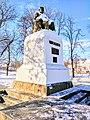 Пам'ятник Тарасу Шевченку в смт. Диканьці у взимку(1).jpg