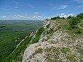 Скалите на Мадарското плато над Мадарския конник.jpg