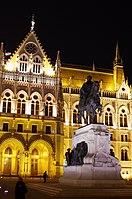 03 2019 photo Paolo Villa - F0197913 - Budapest - Parlamento - notte - luci.jpg