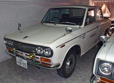 400px-1970_Datsun_U521_1500_DoubleCab.jpg