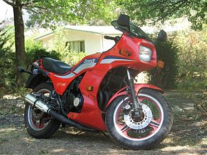 caption=1984 gpz 750 with 1985 lower fairings  manufacturer, kawasaki