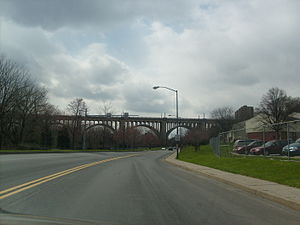 Albertus L. Meyers Bridge - Image: 2007 8th Street Bridge Looking West from MLK Drive