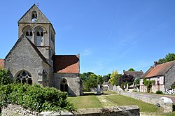 2012 DSC 0227 Eglise-de-Montigny-l'Allier.jpg