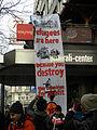 2013-02-16 - Wien - Demo Gleiche Rechte für alle (Refugee-Solidaritätsdemo) - Transparent am Generali-Center.jpg