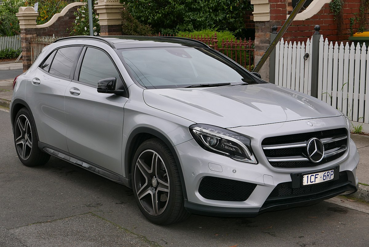 Mercedes benz gla class wikipedia for Mercedes benz gla 250 price