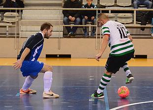 2015-02-28 17-05-24 futsal.jpg