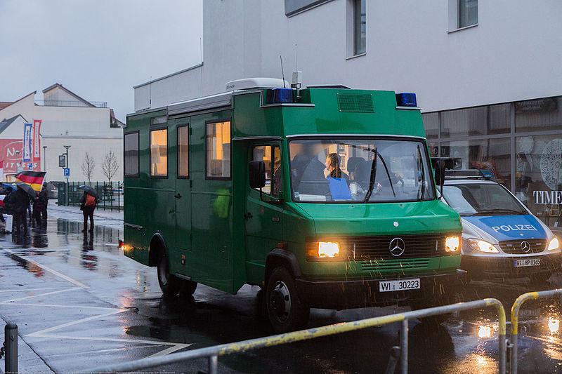 File:2016-01-30 Demonstration Büdingen -2784.jpg