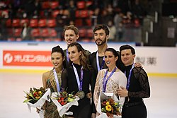 2019 Internationaux de France Saturday medals ice dance 8D9A7980.jpg