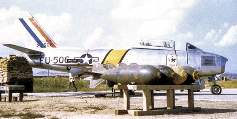 67th Fighter-Bomber Squadron North American F-86F-25-NH Sabre 52-5506
