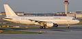 AVION EXPRESS A320 Vueling.jpeg