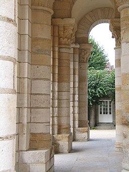 Abbaye de Saint-Benoît-sur-Loire ou abbaye de Fleury 07