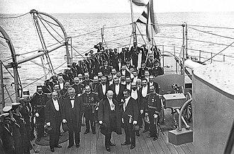 Chilean cruiser O'Higgins (1897) - In the foreground, Federico Errázuriz (right) and Julio Roca (left) on the deck of the cruiser O'Higgins