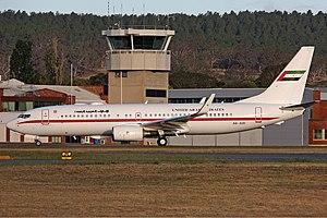 Abu Dhabi Amiri Flight Boeing 737-8EX(BBJ2) CBR Gilbert-1.jpg