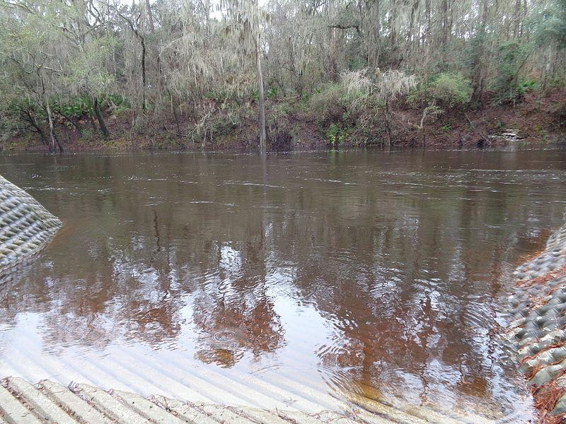 File:Alapaha River, Sasser Landing.JPG