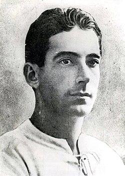http://upload.wikimedia.org/wikipedia/commons/thumb/5/52/Alberto_Ohaco.JPG/250px-Alberto_Ohaco.JPG