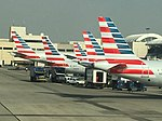 American Airlines' line up at LAX (30733299262).jpg