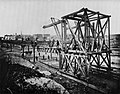 Amerikanischer Photograph um 1878 - Verlängerung der Hochbahn (Zeno Fotografie).jpg