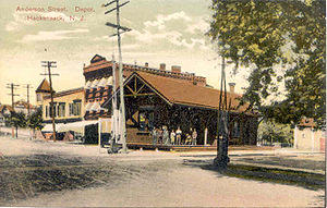 Anderson Street station - Anderson Street station in 1910 looking to the northwest.