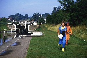 Treasure Hunt (UK game show) - Anneka Rice filming at Hatton Locks in 1984