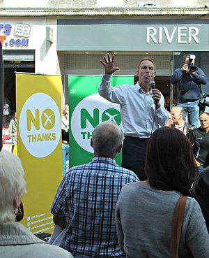 Better Together (campaign) - Labour MP Jim Murphy campaigning for Better Together in Glasgow.