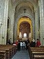 Anzy-le-Duc, église intérieur.JPG