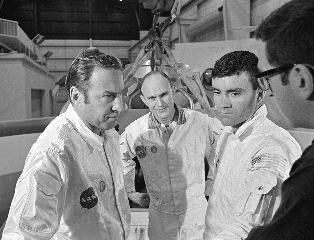 File Apollo 13 Prime Crewmembers During Water Egress