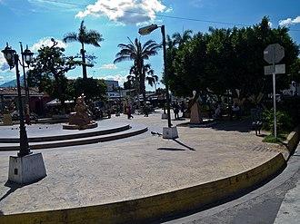 Apopa - Image: Apopa Parque Central El Salvador 2012