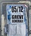 Appel à la grève générale, avenue Marcel Cerdan (Villeurbanne).jpg