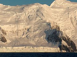 Asen Peak viewed from Bransfield Strait, Livingston Island, Antarctica.jpg