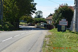 The road into Assieu