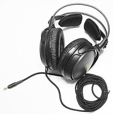 אוזניות חוטיות רגילות