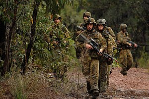 Australian soldiers from the 2nd Battalion, Royal Australian Regiment conducts a foot patrol during exercise Talisman Sabre 2007